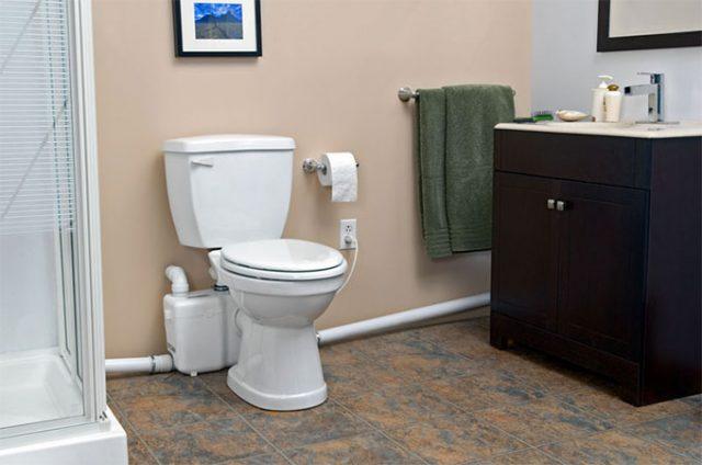 Comment remplacer les évacuations des WC ?